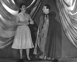 Gloria Aguiar together with Michelangelo Verso singing an Operatic duet